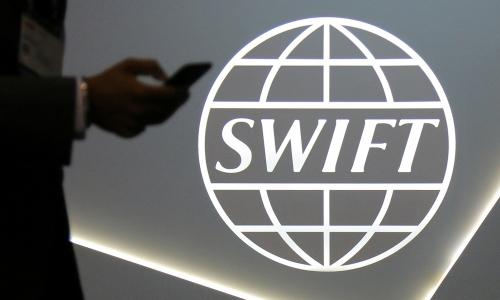 В МИД рассказали о подготовке России к отключению от SWIFT