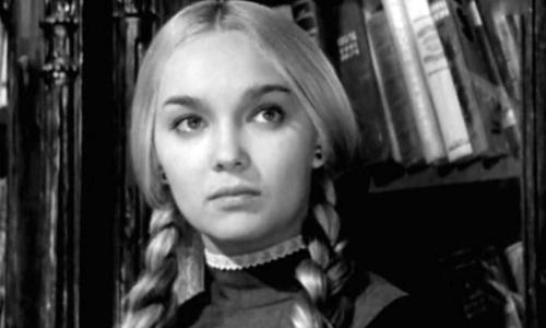 Измены, аборт, побои: Наталья Гвоздикова рассказала о первом муже