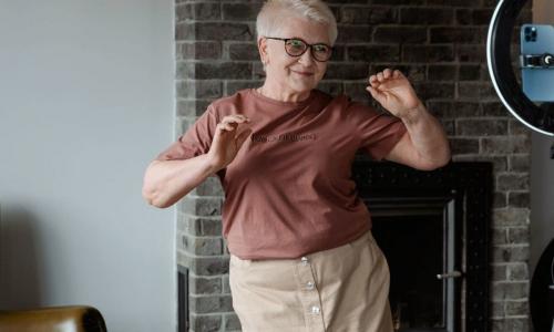 Секрет долголетия: сколько шагов в день достаточно для здоровья, выяснили ученые