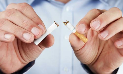 Врач назвал лучший способ бросить курить